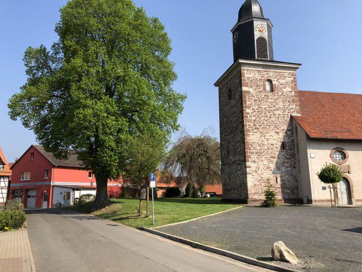St. Petri und Feuerwehrhaus Hammenstedt
